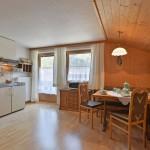 Haus-Elisabeth-Schwendau-Elisabeth-Sporer-Appartement-2-Wohnkueche